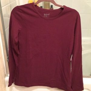 Tops - NWT Woolrich medium long sleeve top